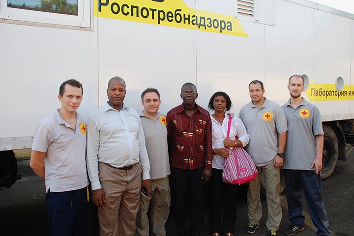 Российские ученые объясняет, что африканские коллеги к ним относятся благосклонно, поскольку многие из них сами учились в России