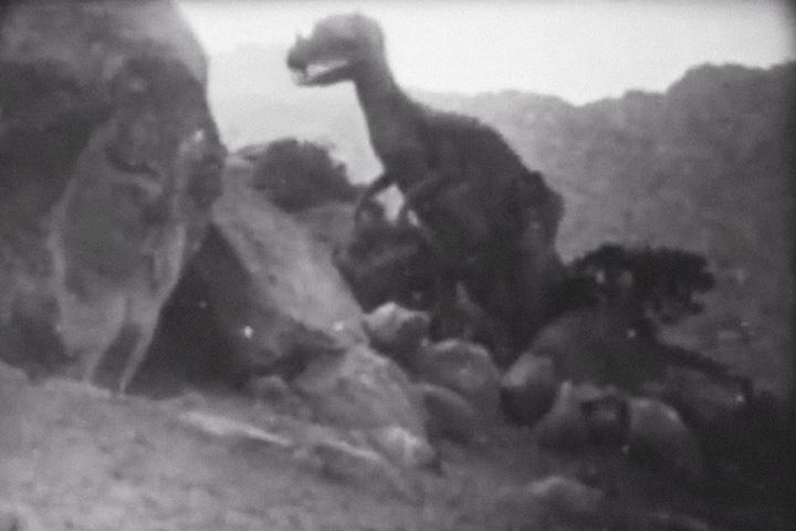 Первое появление динозавра в кино
