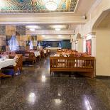 Ресторан Золотая чайхана - фотография 1 - Просторный зал