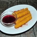 Ресторан Nota - фотография 5 - Сырные палочки