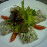 Ресторан Belle Ville  - фотография 1 - Салат с телячьим языком