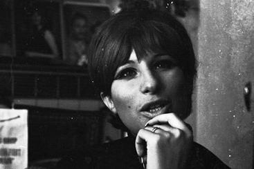 50 лет карьеры Барбры Стрейзанд в 50 песнях