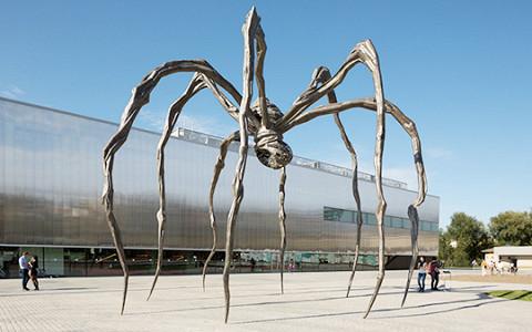 Как привезти гигантского паука Луизы Буржуа в Россию