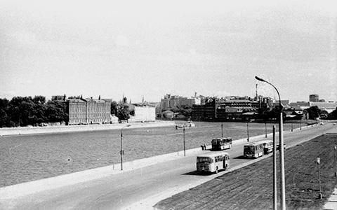 Кузнецкий Мост, Столешников и другие пешеходные улицы сейчас и 100 лет назад