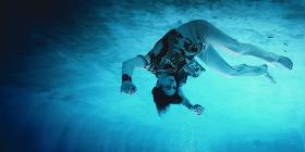 Клип: Оззи Осборн — «Under the Graveyard»