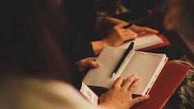Литературные клубы и мастерские для детей и подростков