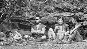 Три негодяя в скрытой крепости / Kakushi-toride no san-akunin