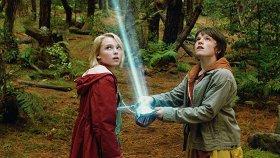 12 фильмов, в которых подросткам приходится повзрослеть