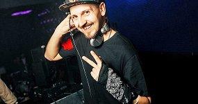 «Light My Idol»: DJs Ozz, Igor Volt