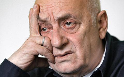 Основатель тбилисского театра марионеток приезжает с гастролями и персональной выставкой