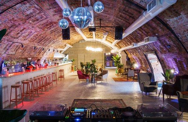 Где танцевать в Санкт-Петербурге