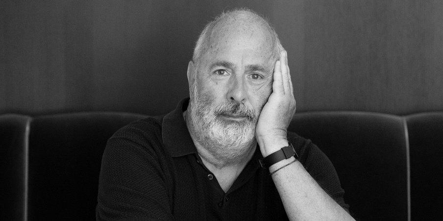 Умер Роджер Мичелл, режиссер фильма «Ноттинг Хилл»