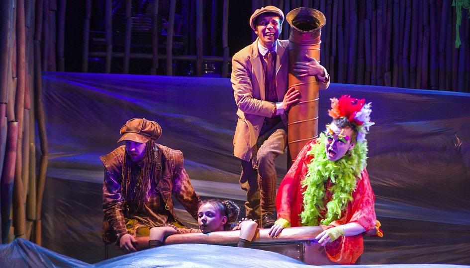 Театр гатчина афиша спектаклей билеты на байк шоу стоимость