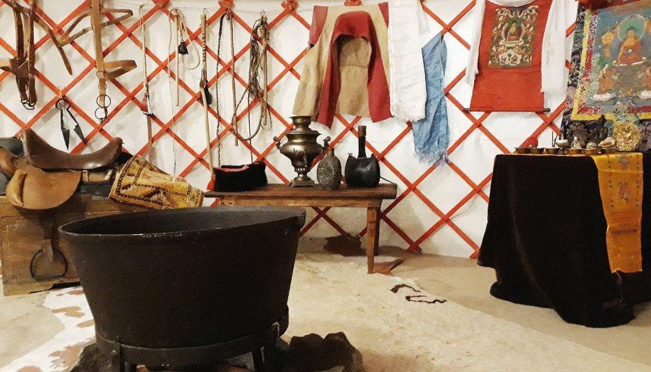 Выставки: Калмыцкая кибитка. Материальная и духовная культура калмыков Нижнего Поволжья