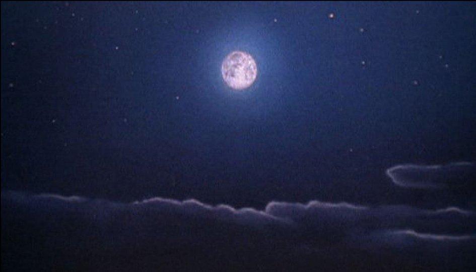 Кино: «Луна»