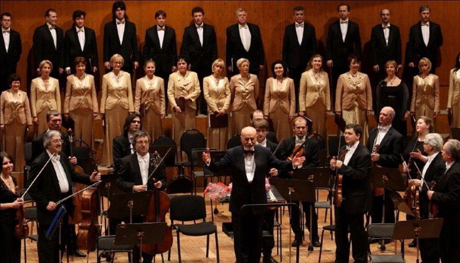Концерты: Камерный хор театра «Новая опера». Хормейстер Юлия Сенюкова