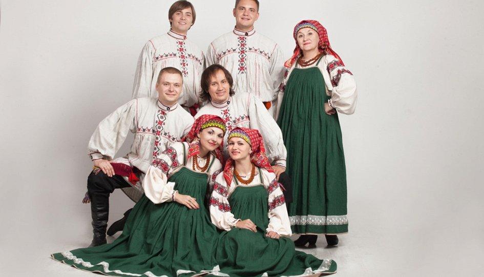 Концерты: «Не сплясать ли нам кадриль»: «Рождество»