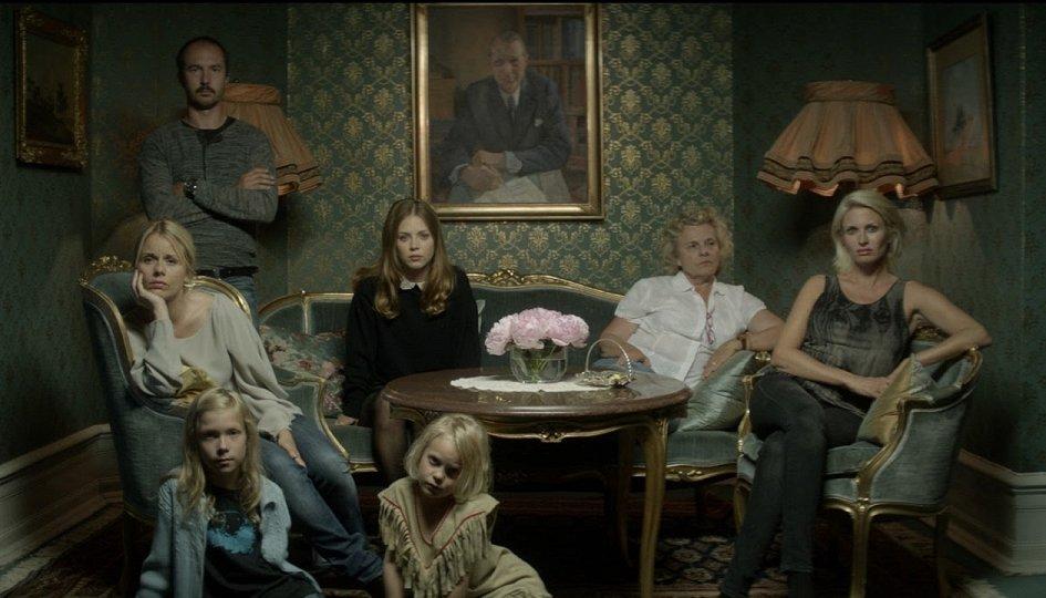 Кино: «Блонди»