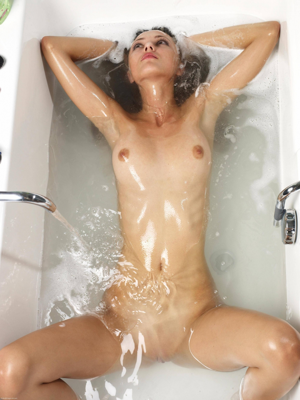 Cum Bath By Girl Nude - Babes-6832