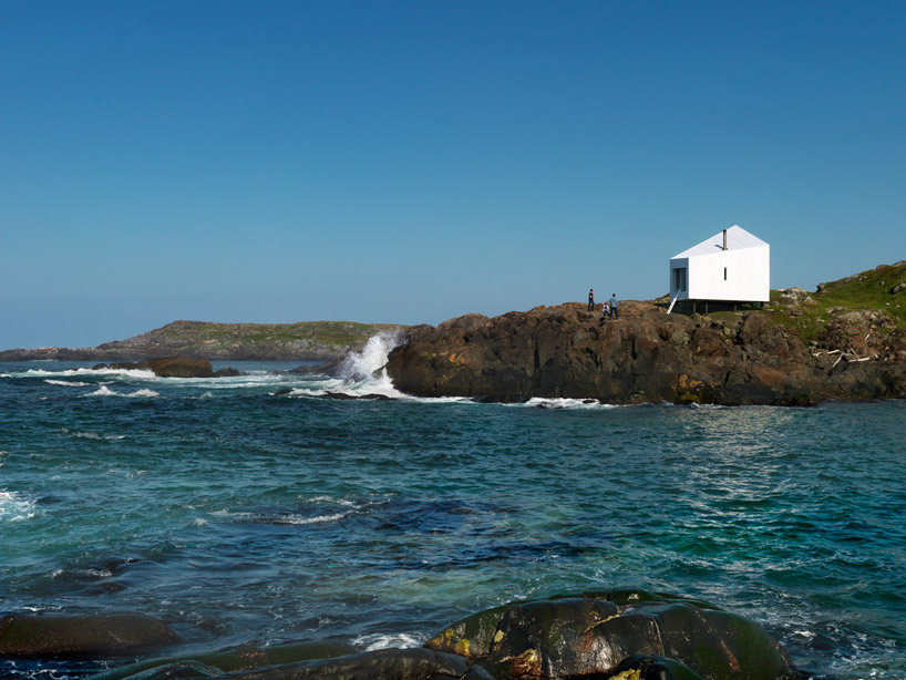 Домик в остров Скала на берегу моря недорого