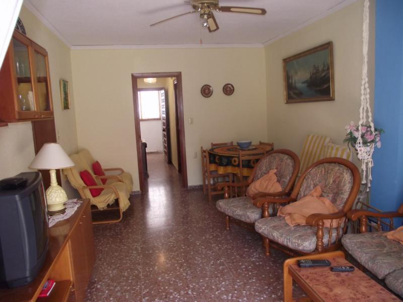 Гостиницу в остров Кариди