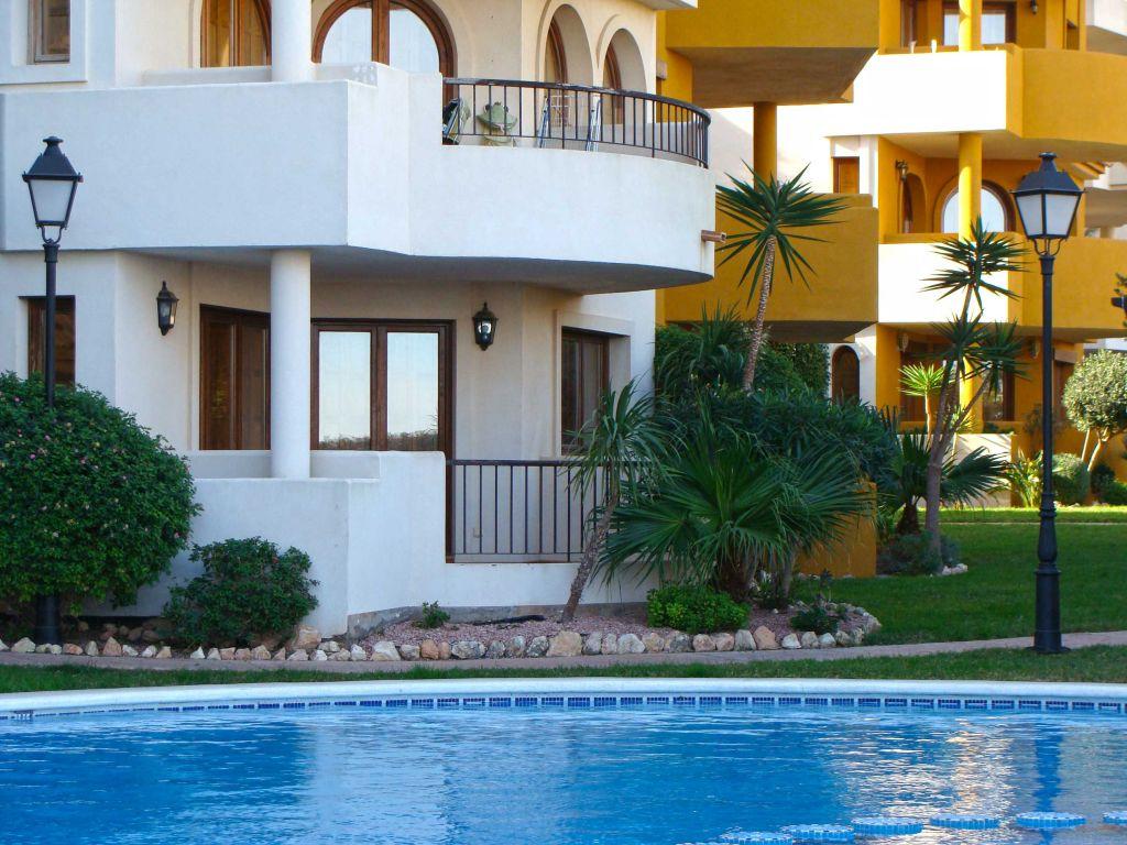 Недвижимость испании почему