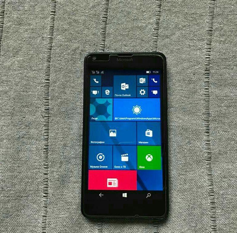 Istruzioni microsoft lumia 640