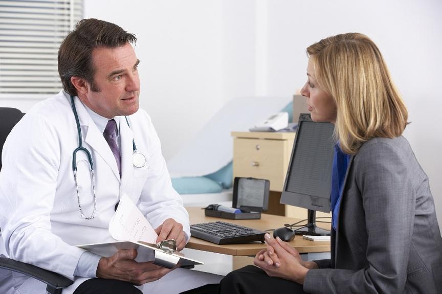 К какому врачу обратиться, чтобы удалить родинку