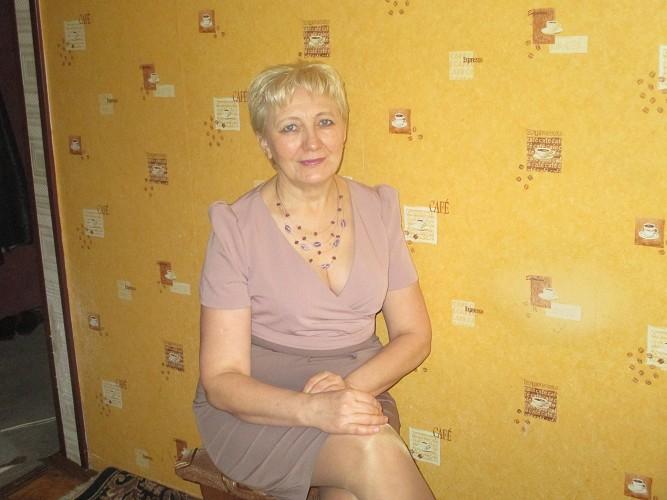 Знакомства в мурманске женщины за 50