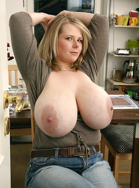 Wife strips for cops