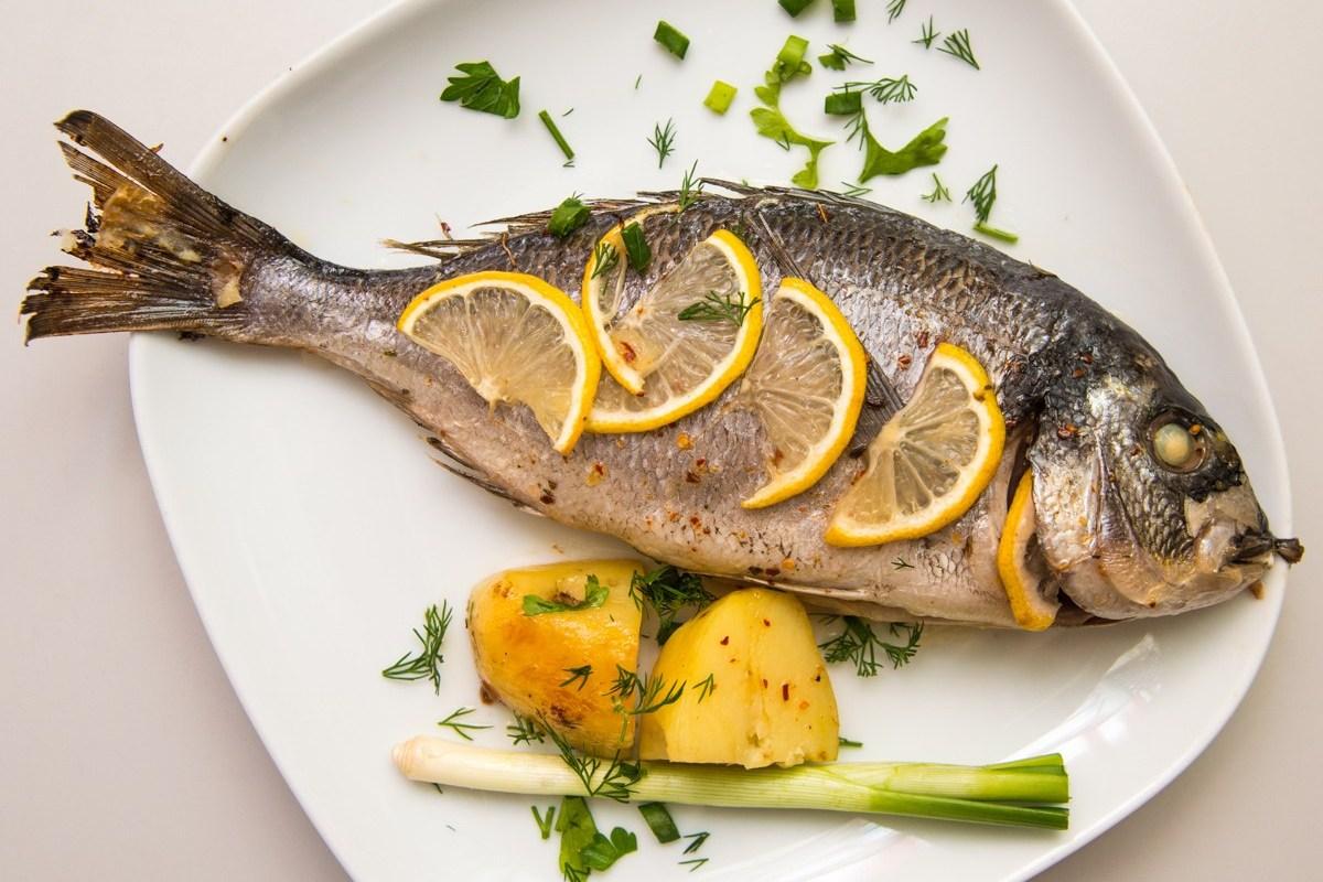 Дорада с лимоном рецепт – средиземноморская кухня: основные блюда ...