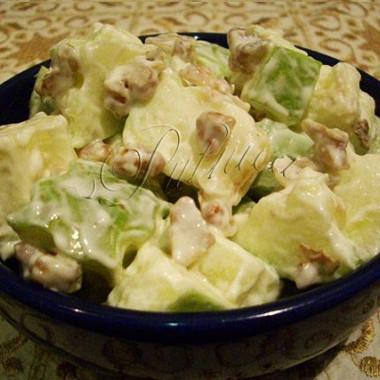 Рецепт Вальдорфский салат сяблоками иорехами