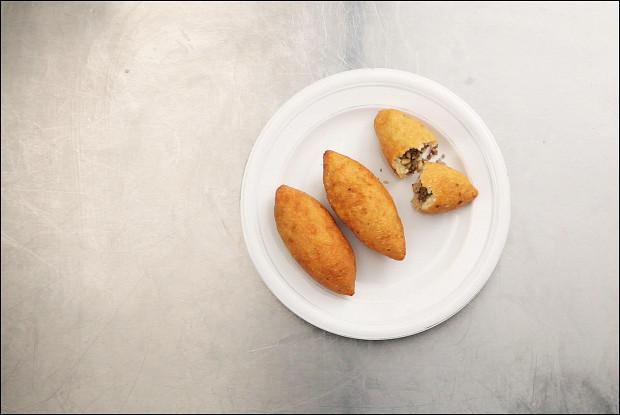 Кипрские крупяные пирожки