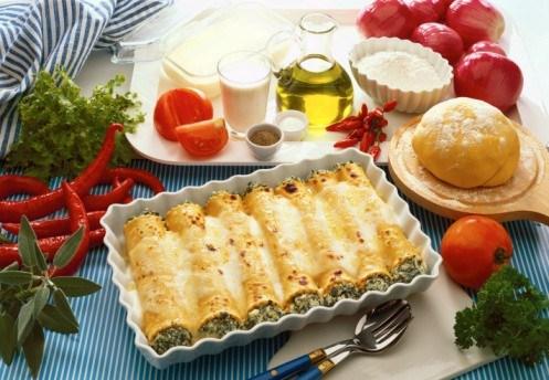Каннеллони со шпинатом и яйцом