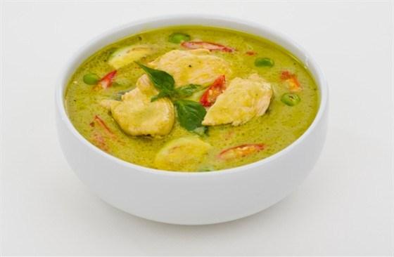 Суп-крем из курицы с зеленым горошком