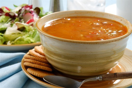 Тыквенный суп с чоризо и кинзой