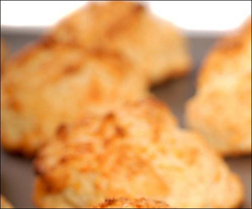 Сырное печенье с лимонной цедрой