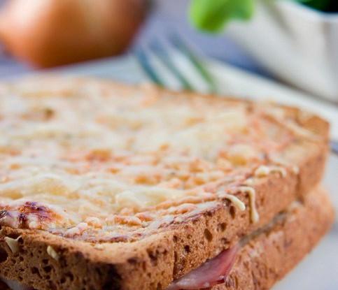 Горячий бутерброд (Croque monsieur)