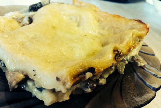 Лазанья с шампиньонами и сыром