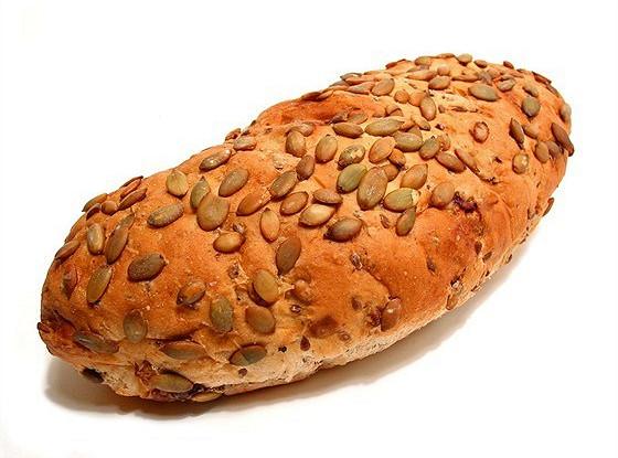 Тыквенно-сырный хлеб с семечками