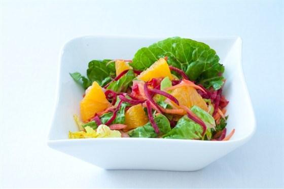 Салат из свеклы, тмина и апельсинов