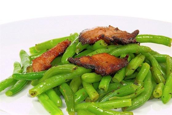 Зеленая фасоль с беконом