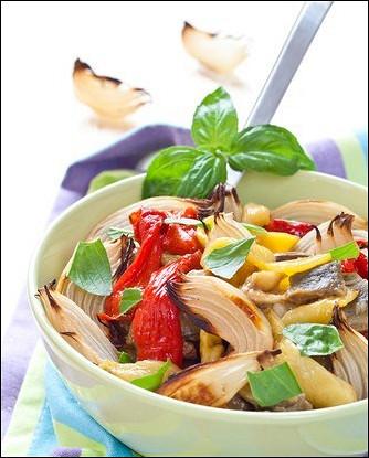 Печеные овощи с розмарином