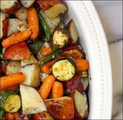 Зпеченные картофель, морковь и цуккини