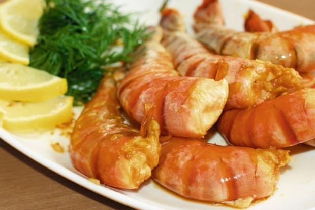 Королевские креветки в имбирно-чесночном соусе