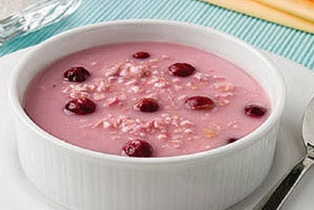 Ягодный суп с овсянкой