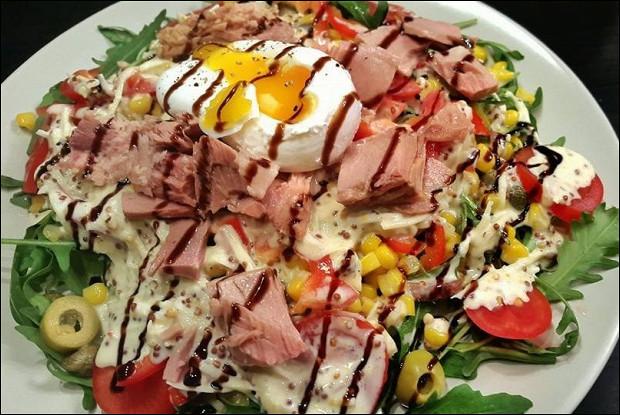салат с руколой и тунцом рецепт с фото