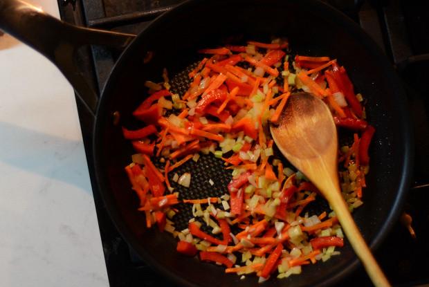 Кускус с овощами и грибами