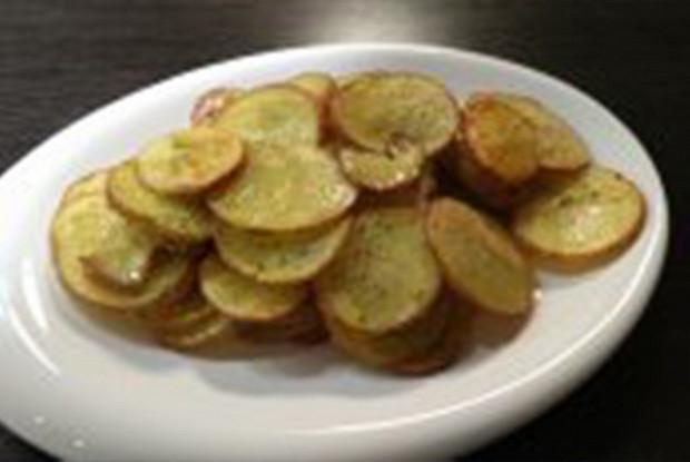 Запеченный картофель с укропом