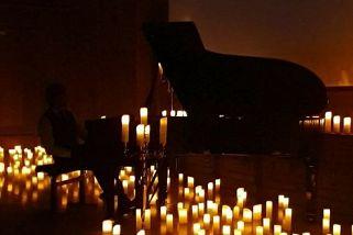 «Бах при свечах»: Квартет «Мелодион»